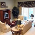 living room in Golden Ocala rental property