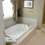 master bathroom in Golden Ocala rental property