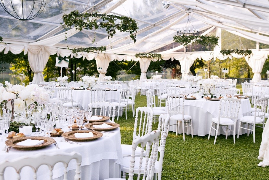 Have A Backup Plan When Planning An Outdoor Wedding