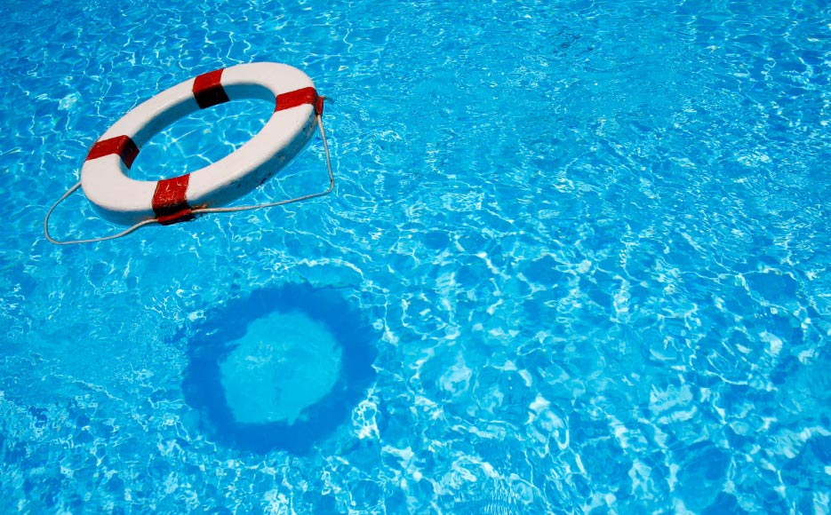 What Are Good Safety Tips Of Swimmers