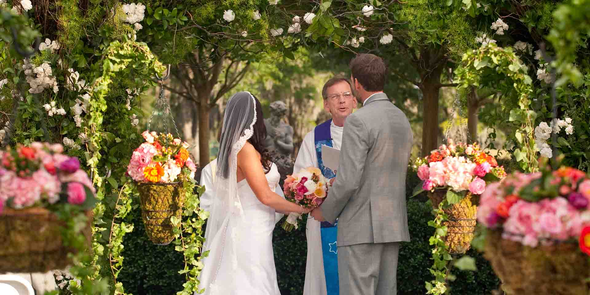 Looking for the best place to plan and hold your wedding for The best place for wedding