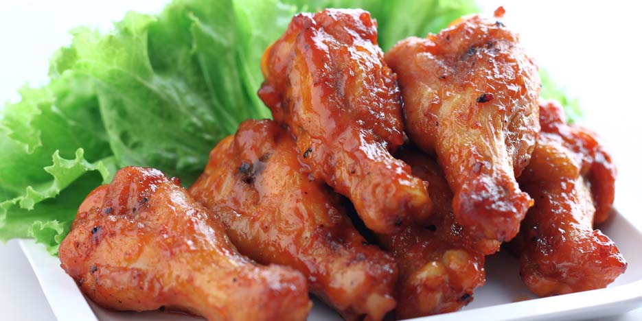 Fresh chicken wings at the Café on the Green