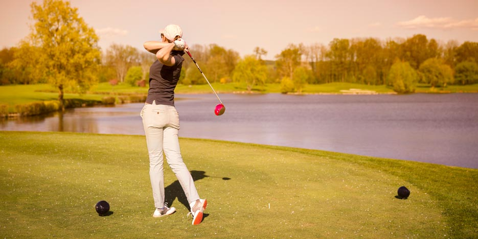 5 Tips to Improve Your Golf Swing
